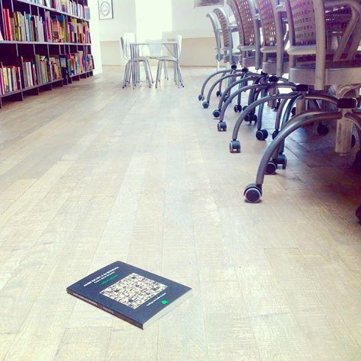 piso librería